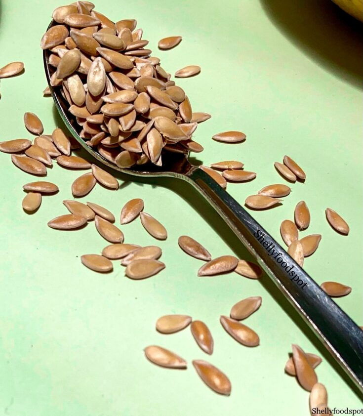 How to dry muskmelon seeds to eat
